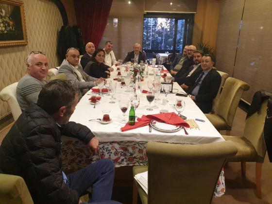 Yönetim Kurulumuz Ramazan Bingöl Restorant'da Süleyman Ekşi Başkanlığında toplandı